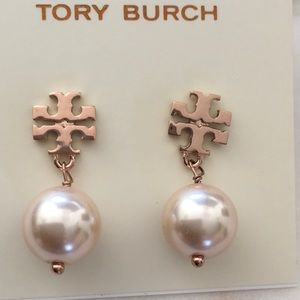 Like new tory burch pearl earrings rose gold